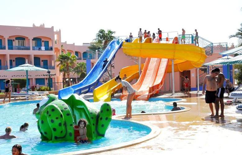 Le Pacha Resort - Pool - 2