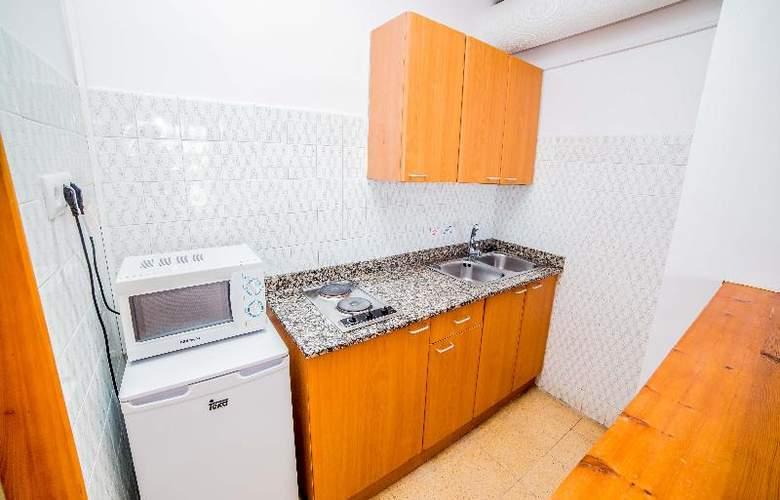 Deya (Hotel 3* - Apartamentos 2 LL) - Room - 18