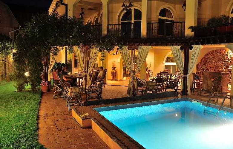Villa Saga Paradiso - Bar - 50