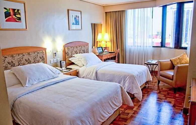 City Garden Hotel Makati - Room - 6
