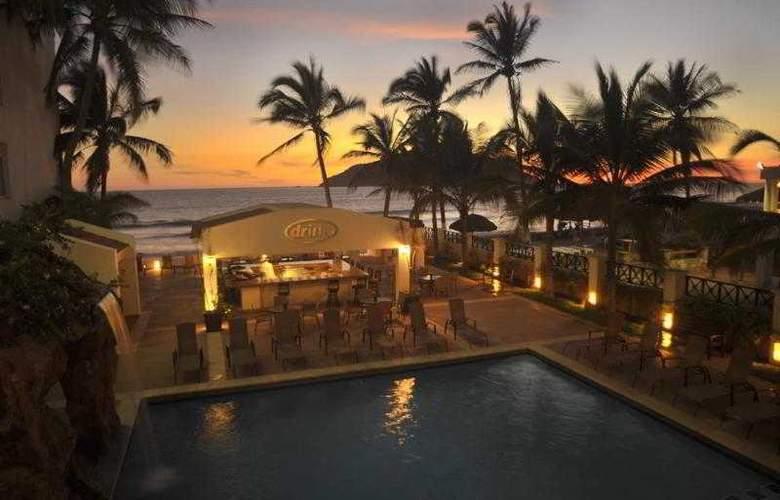 Best Western Posada Freeman Zona Dorada - Hotel - 2