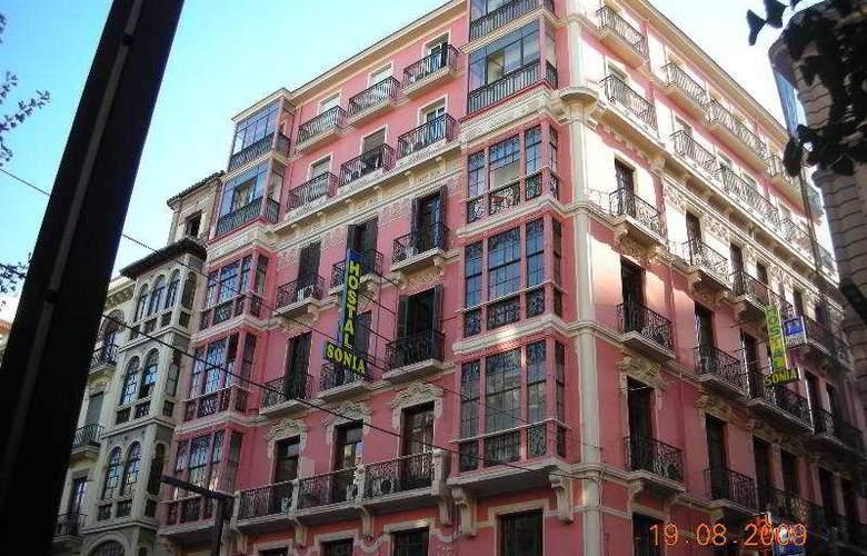 Sonia - Hotel - 0