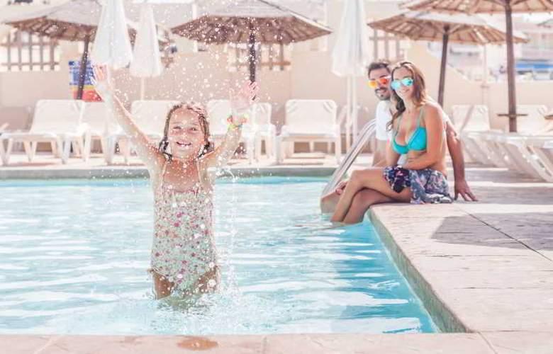 Dolmen Hotel Malta - Pool - 23