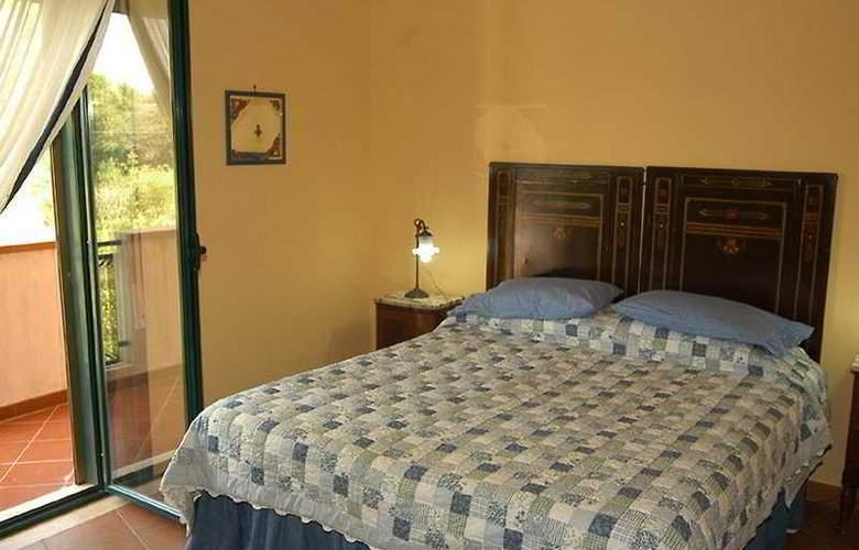 Villa Baia dei Sospiri - Room - 9
