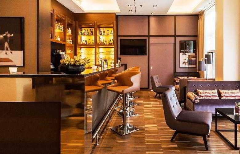 Ameron Hotel Regent - Bar - 16