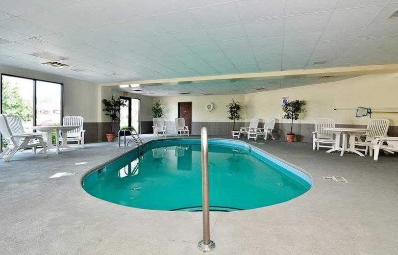 Best Western Raleigh Inn & Suites - Hotel - 13