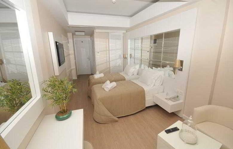 Alesta Yacht - Room - 8