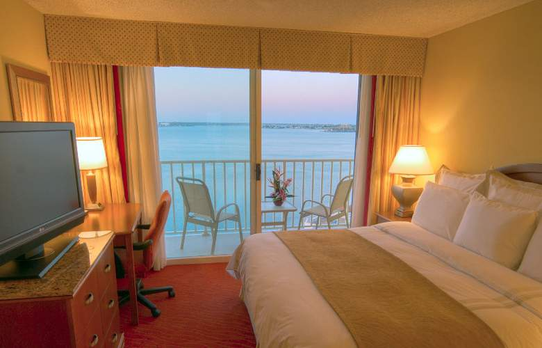 Marriott Suites On Sand Key - Room - 1