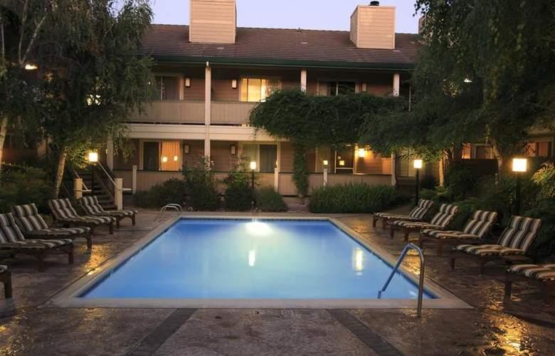 Best Western Sonoma Valley Inn & Krug Event Center - Pool - 106