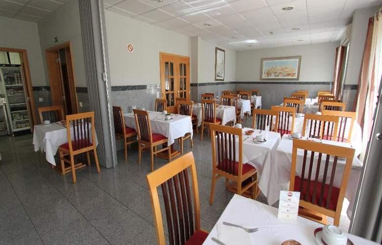 Residencial Horizonte - Restaurant - 18