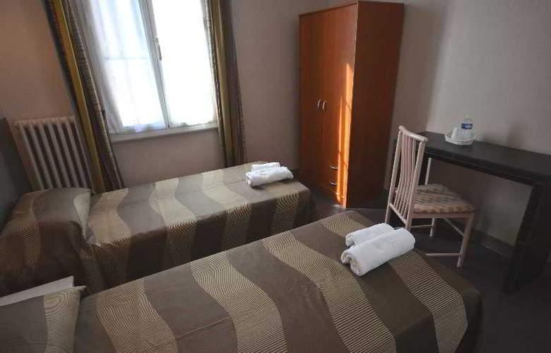 La Regence - Room - 12