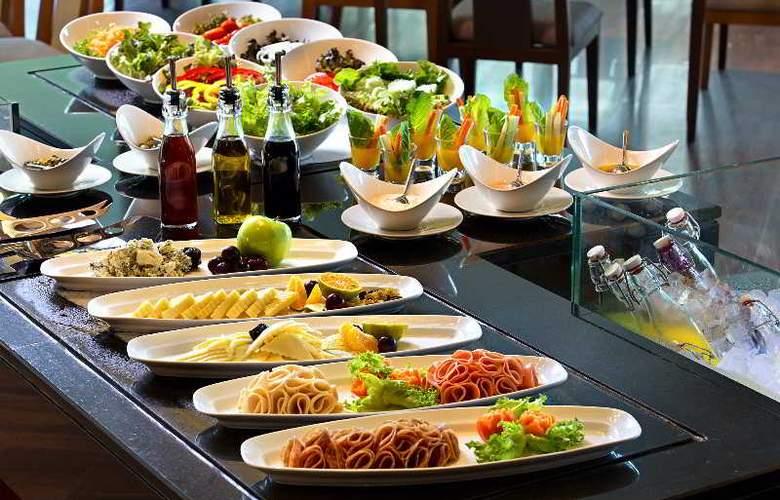 Manathai Khao Lak - Restaurant - 19