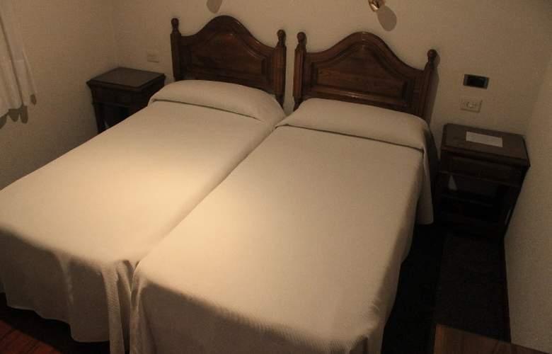 Los Perales - Room - 14