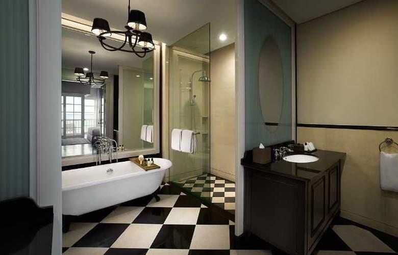 Eastern and Oriental Hotel Penang - Room - 19