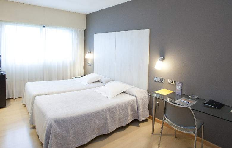 Avenida - Room - 2