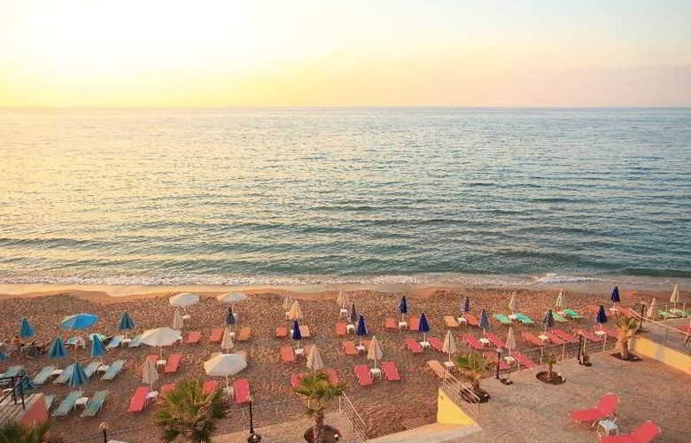 Agelia Beach Hotel - Beach - 3