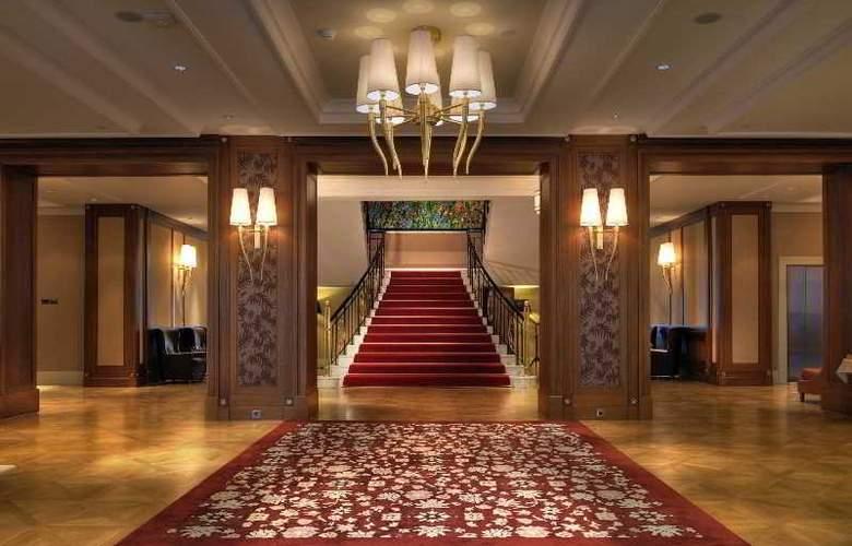 Grand Hotel Kempinski High Tatras - General - 13