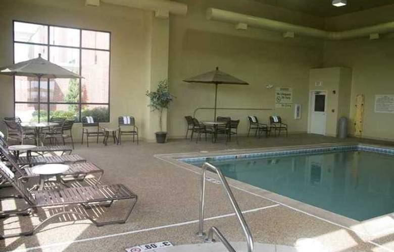 Hampton Inn Stow - Hotel - 1