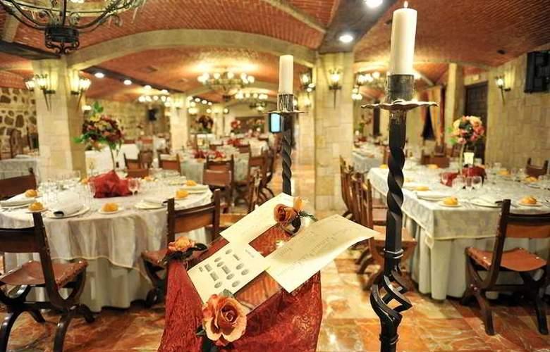 Alfonso VI - Restaurant - 48