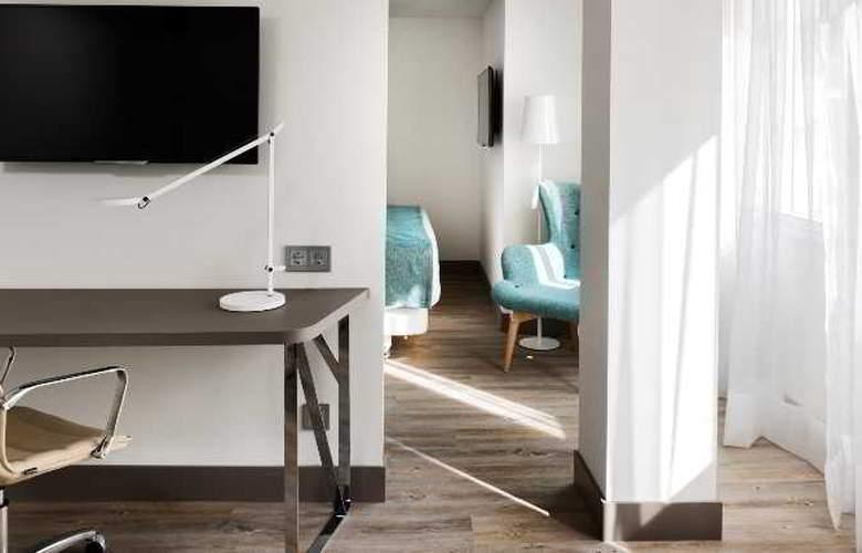 NH Madrid Zurbano - Room - 25