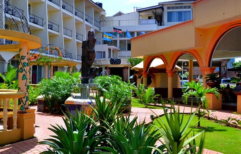 Fairway Hotel & Spa - Hotel - 0