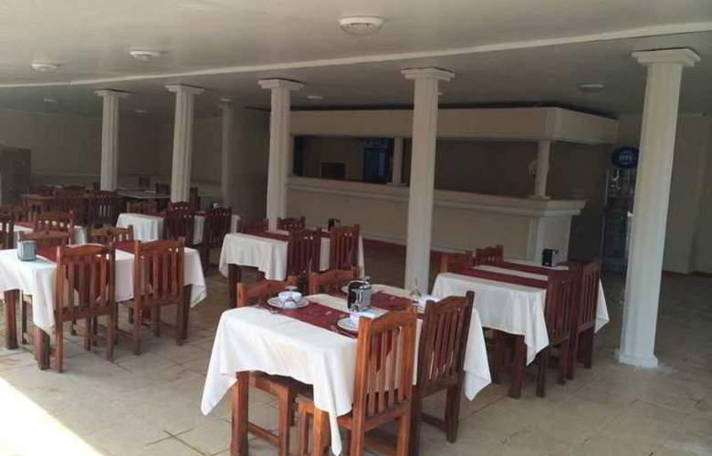 Grand Emir Hotel & SPA - Restaurant - 16