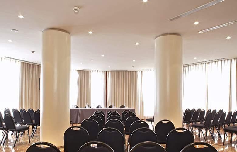 Ac Malaga Palacio - Conference - 8