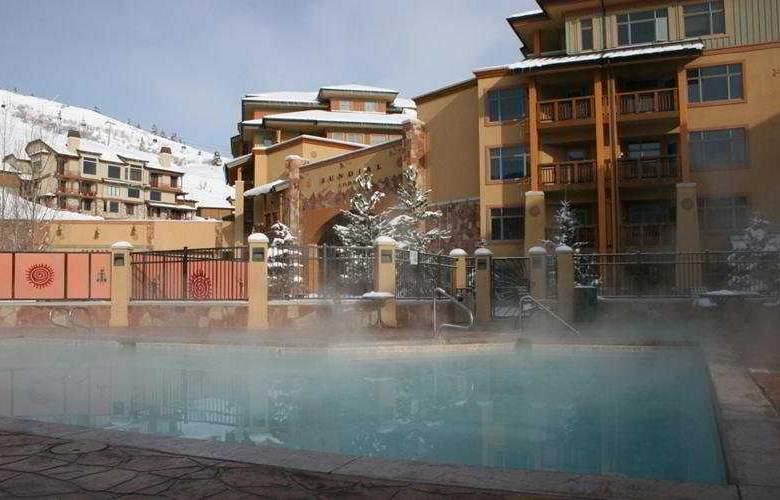 Sundial Lodge - Pool - 6