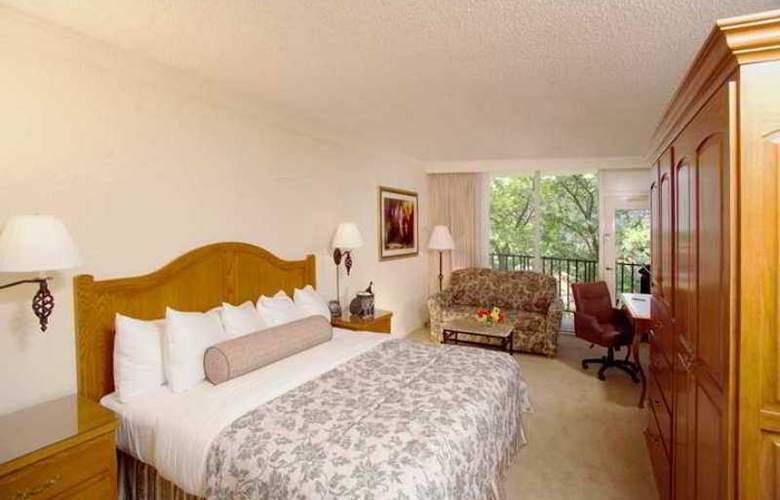 Hilton Palacio del Rio - Hotel - 9