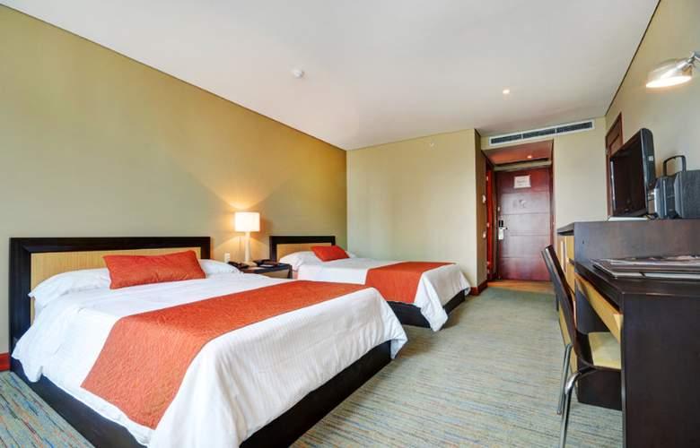 San Fernando Plaza - Room - 18
