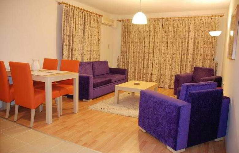 Tuntas Apartment Altinkum - Room - 5
