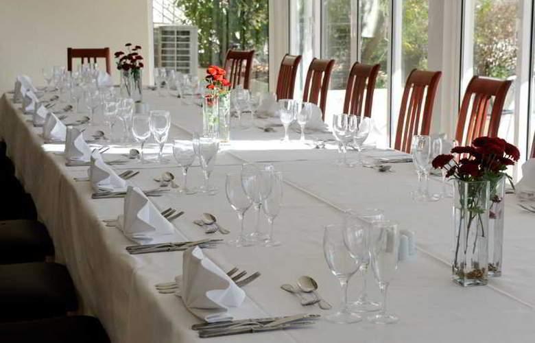 Golden Tulip Braga - Restaurant - 37
