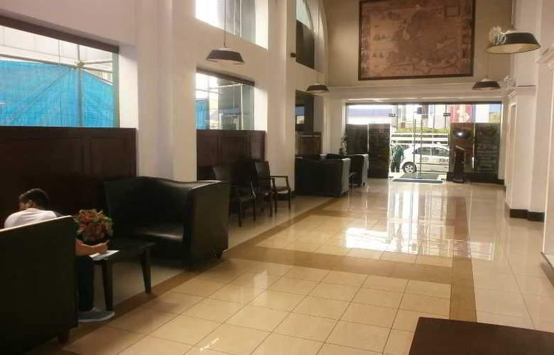 Eurotel Hote Naga - Hotel - 3