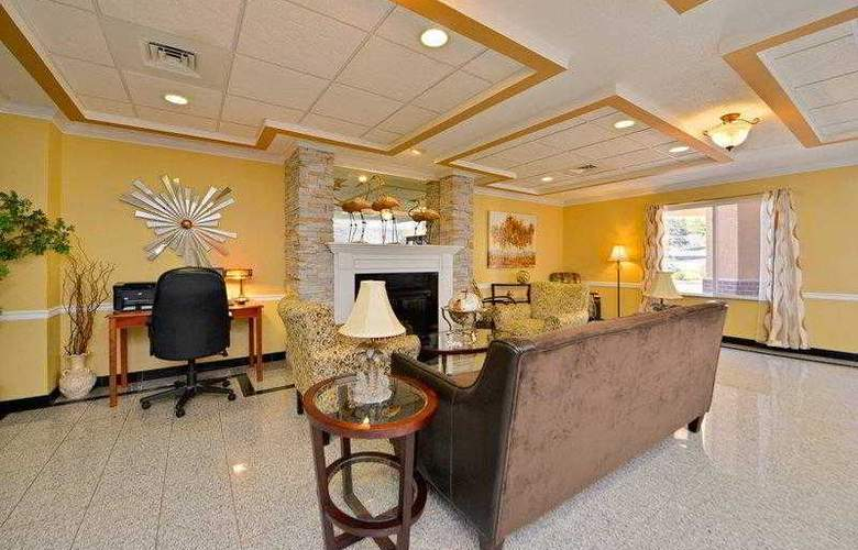 Best Western Plus New England Inn & Suites - Hotel - 14