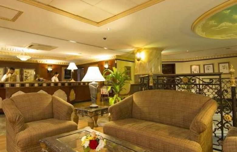 Landmark Plaza Baniyas - Hotel - 7