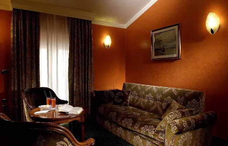Art Hotel Orologio - Room - 2