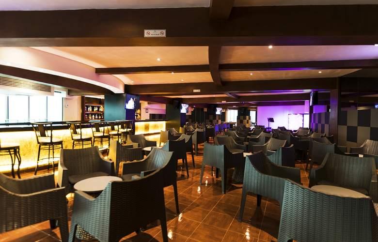 Seadust Cancún Family Resort - Bar - 34