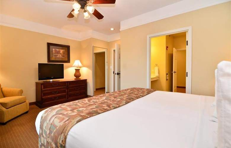 Best Western Plus Monica Royale Inn & Suites - Room - 120