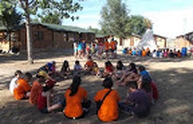 campamento grajera - Services - 15