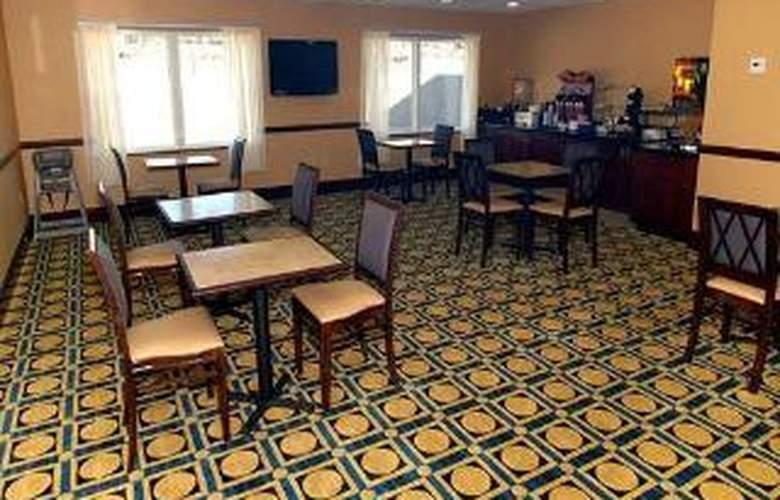 Comfort Inn & Suites Augusta - General - 2