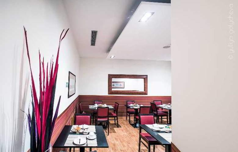 Ivanhoe - Restaurant - 2