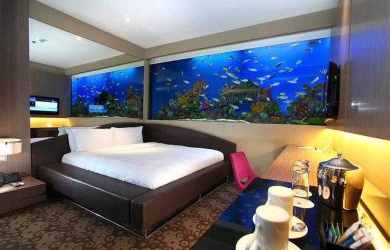 H2O - Room - 5