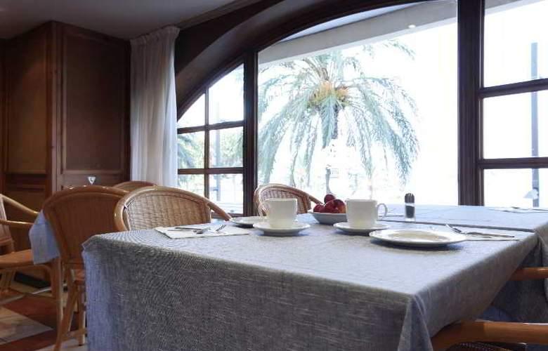 Prestige Mar y Sol - Restaurant - 22