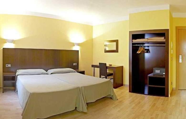 Florencio - Room - 6