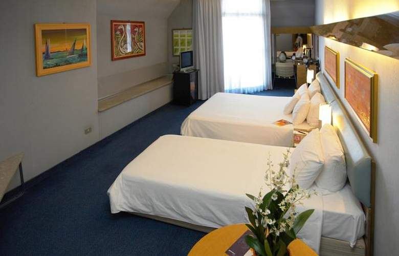 Four Points by Sheraton Catania Hotel & Conference - Room - 15