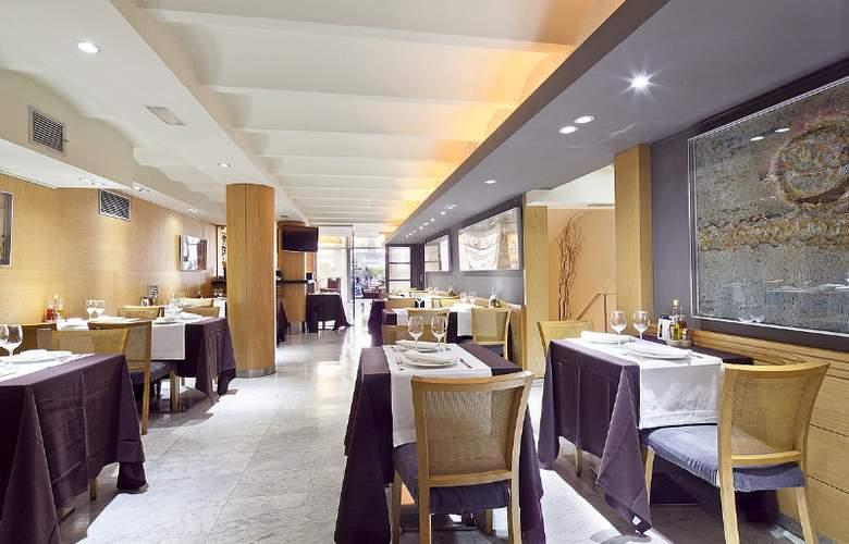 Acta Atrium Palace - Restaurant - 25