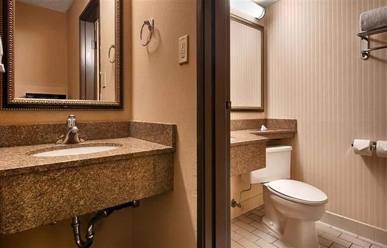 Best Western Landmark Inn - Room - 113