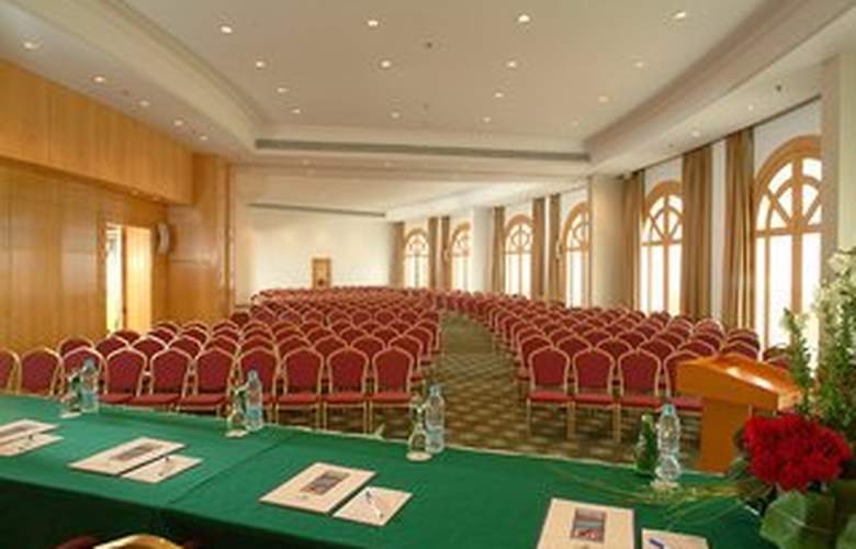 The Savoy - Conference - 6