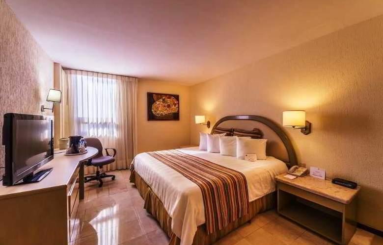 Ramada Hola Culiacán - Room - 14
