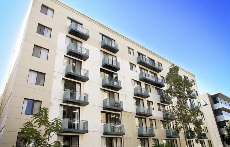 Mont Clare Boutique Apartments - Hotel - 0